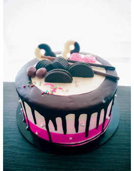 Fairy Special Loaded Drip Cake 6 ( 7 Inch )