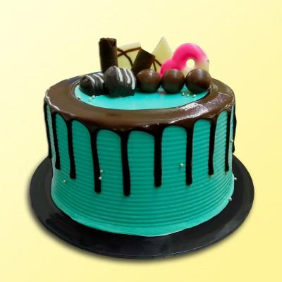 "6"" Chocolate Delicious - Drip Cake 1"