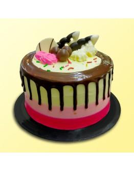 "6"" Chocolate Delicious - Drip Cake 4"